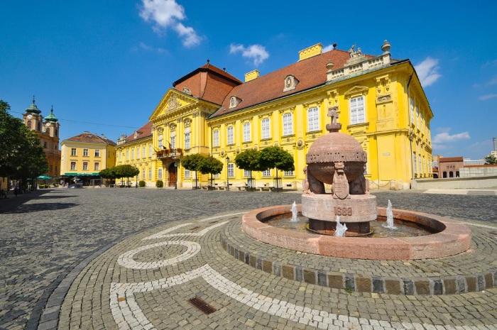 Секешфехервар, Венгрия. Достопримечательности на карте, фото, что посмотреть туристу, отдых