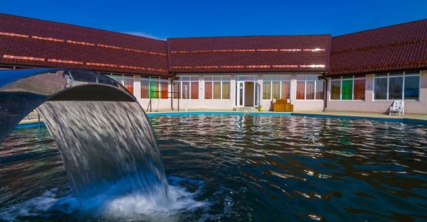 Тульские термальные источники в Адыгее. Водная Ривьера, Белые ночи и другие базы отдыха