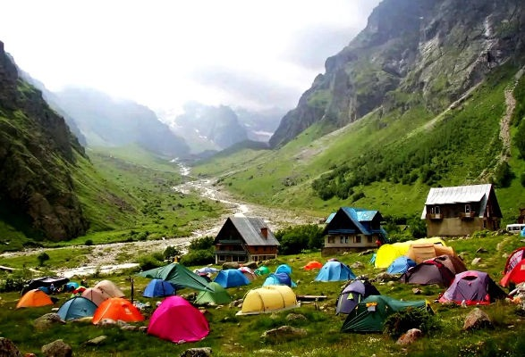 Турбазы Кабардино-Балкарии для отдыха летом и зимой, Голубые озера. Цены и отзывы