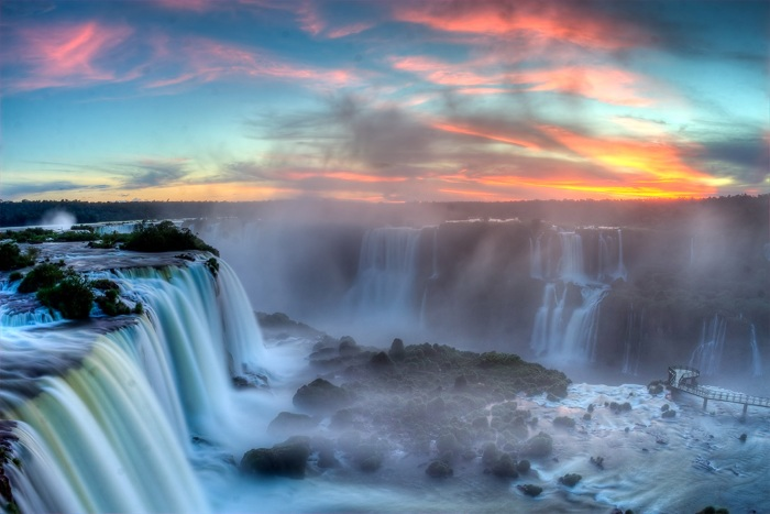 Водопад Игуасу в Южной Америке. Где на карте, фото, интересные факты
