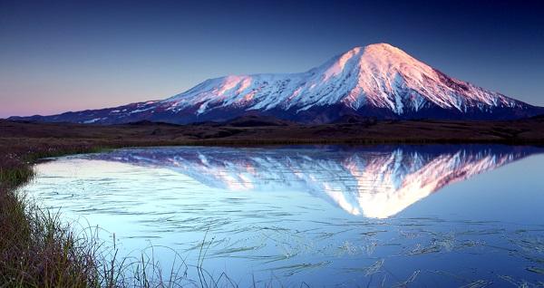 Вулкан Ключевская сопка. Где находится на карте России, достопримечательности, фото и описание