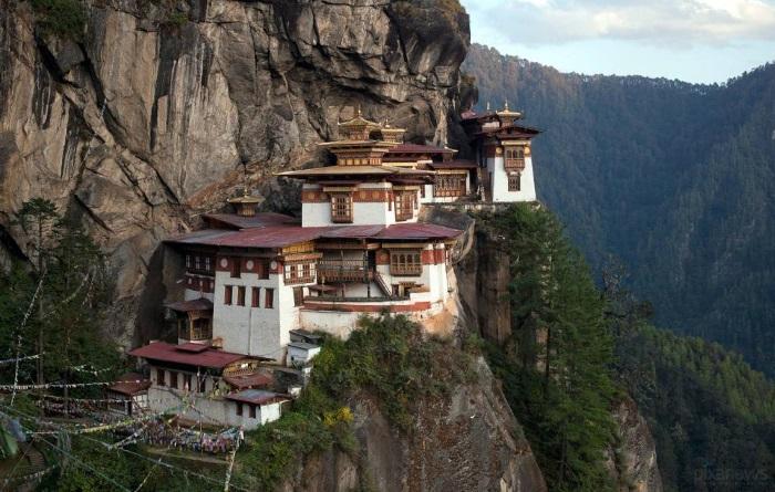 Бутан на карте мира. Где находится, фото, столица, флаг, достопримечательности, города, отдых, туризм, интересные места