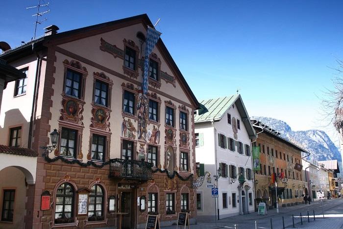 Гармиш-Партенкирхен. Достопримечательности, фото, что посмотреть в городе и окрестностях