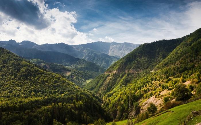 Кавказ. Достопримечательности, фото, туристические маршруты, горы, интересные места