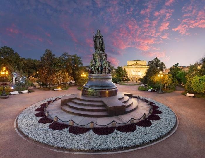 Красивые места в Краснодаре для фотосессий, отдыха на природе, погулять ночью. Аквапарк, Ботанический сад, контактный зоопарк