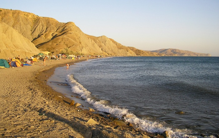 Лисья бухта, Крым. Фото пляжа, чем привлекает отдыхающих, как добраться на машине, отдых