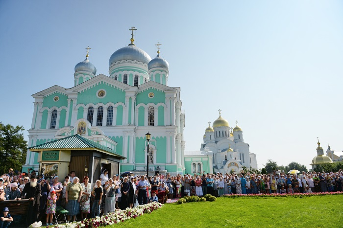Монастыри России: православные, действующие женские, мужские, древние, известные, заброшенные. Паломническая служба