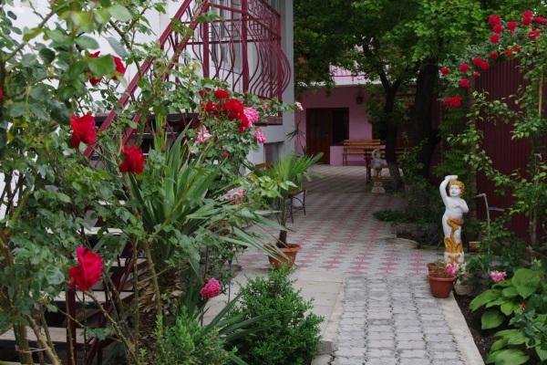 Отдых в Крыму, частный сектор. Цены без посредников недорого, курортные места