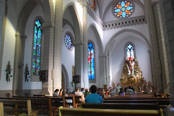 Собор Святейшего Сердца Иисуса, Ташкент. Фото внутри, история, адрес, как доехать
