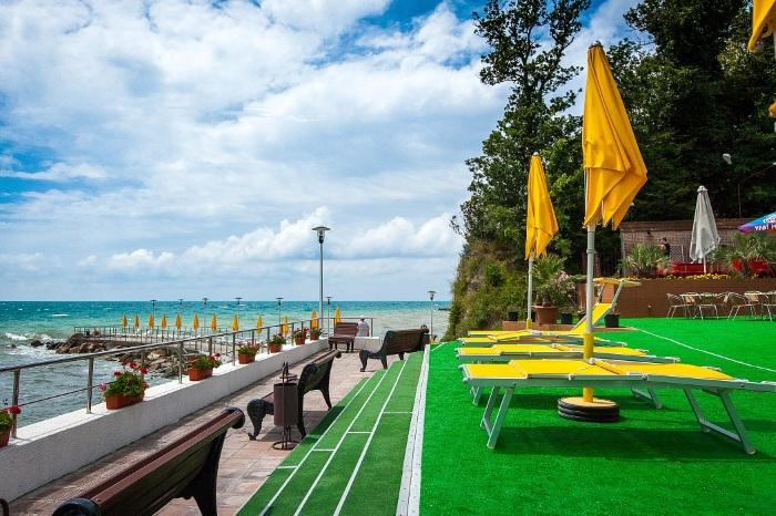 Пансионаты Туапсе на берегу моря с собственным пляжем, питанием. Цены, отзывы