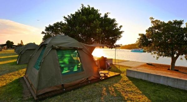 Глэмпинг. Что это такое, отдых с палаткой в России, Крыму, Европе, Прибалтике. Кемпинг, лес и море