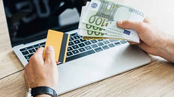 Онлайн кредит из за границы люди желающие инвестировать