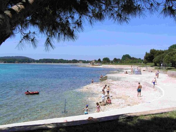 Курорты Хорватии на море с песчаными пляжами для отдыха с детьми. Фото, цены