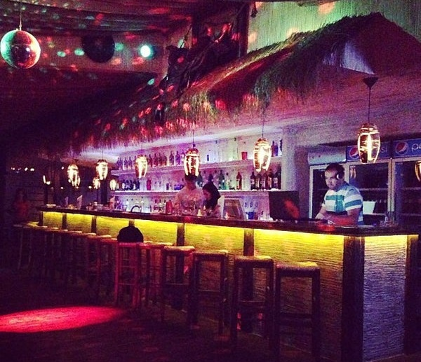 Ночные клубы в приморско ахтарске в белорецке в ночном клубе
