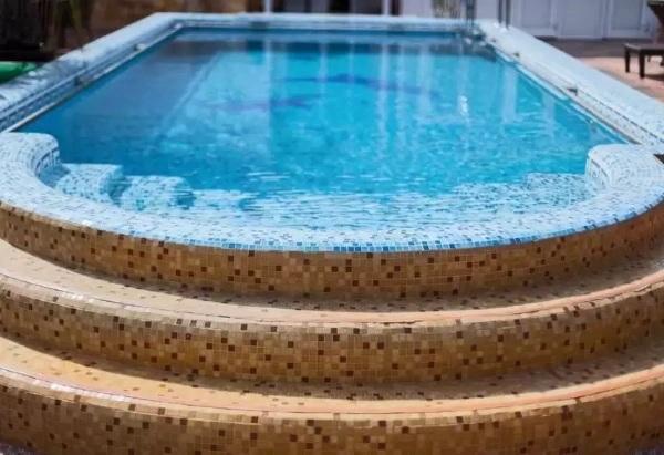 Лучшие отели Адлера с бассейном у моря, собственным пляжем, для семейного отдыха. Цены, отзывы