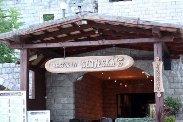 Петровац, Черногория. Достопримечательности курорта, фото, отели, интересные места