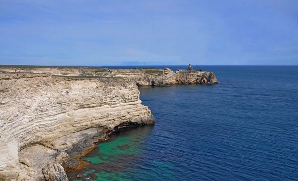 Штормовое, Крым. Отели у моря, фото пляжа и поселка, цены на отдых без посредников в частном секторе