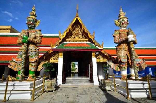 Храм лежащего Будды в Бангкоке. Фото, история, интересные факты