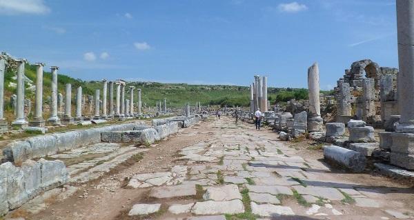 Перге, Турция. Достопримечательности, фото развалин, история, факты