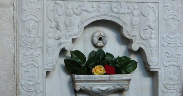 Бахчисарайский фонтан слез. Фото, история, адрес, как добраться