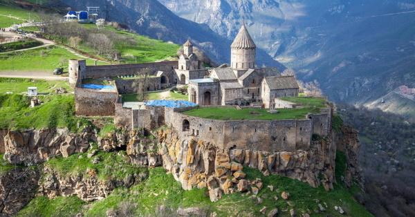 Что привезти из Армении в подарок женщине, мужчине, ребенку. Фото, цены