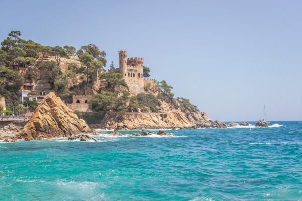Курорты рядом с Барселоной, Испания. Города с морем, лучшие пляжи, что посмотреть