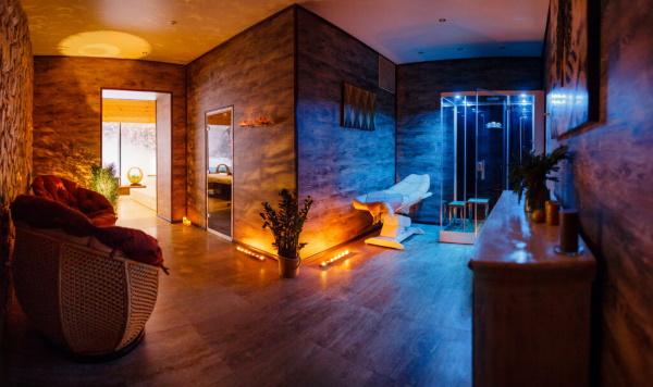 Отель Солнечный, Солнечногорский район. Фото, цены, отзывы