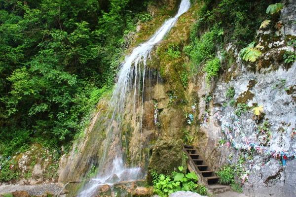 Природа Абхазии, самые красивые места для отдыха и туризма, сероводородные, термальные источники