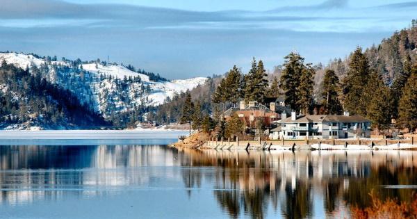 Самые большие пресноводные озера в мире по площади. Названия, материки, интересные факты