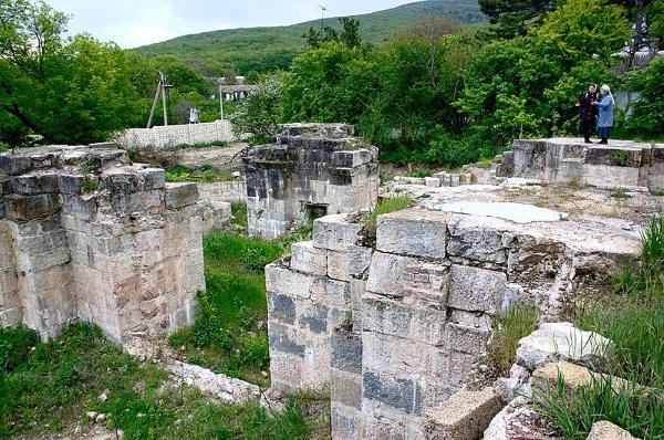 Топловский монастырь в Крыму Святой Параскевы. Купели, фото, история, как добраться