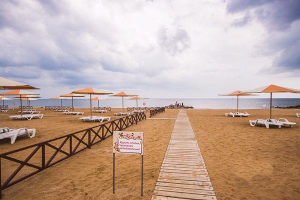 Феодосия. Фото города и пляжей, набережной. Где снять жильё, отдых с детьми
