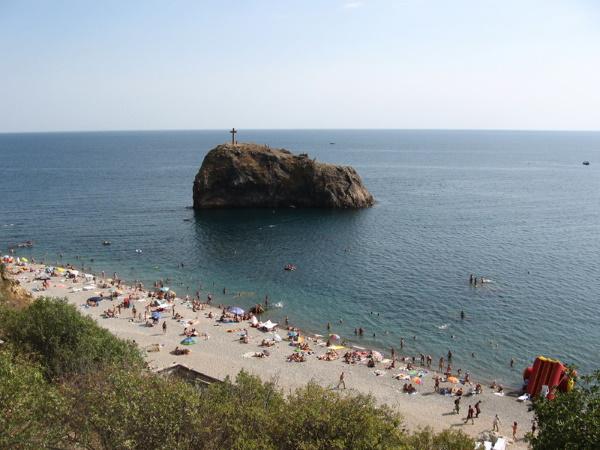 Стеклянные пляжи во Владивостоке, Калифорнии, США, Китае, Крыму. Фото