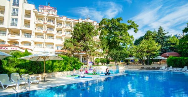 Отели Феодосии на берегу моря с бассейном собственным пляжем питанием Все включено Цены отзывы