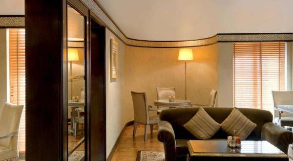 Sheraton Abu Dhabi Hotel & Resort 5* Абу-Даби, ОАЭ. Отзывы, фото отеля, цены