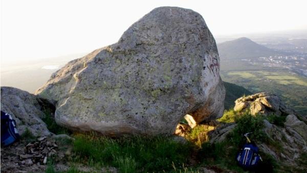 Бештау гора, Пятигорск. Фото, высота, скалы, урановые рудники, карта восхождения