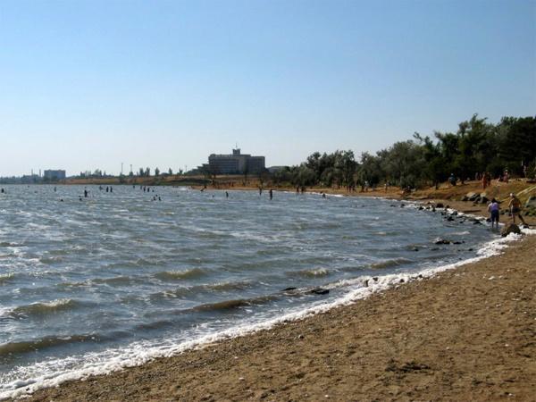 Сакские грязи озера в Крыму. Показания и противопоказания, применение, где купить