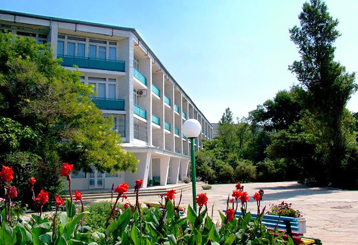 Санаторий Полтава-Крым, Саки. Цены с лечением, фото