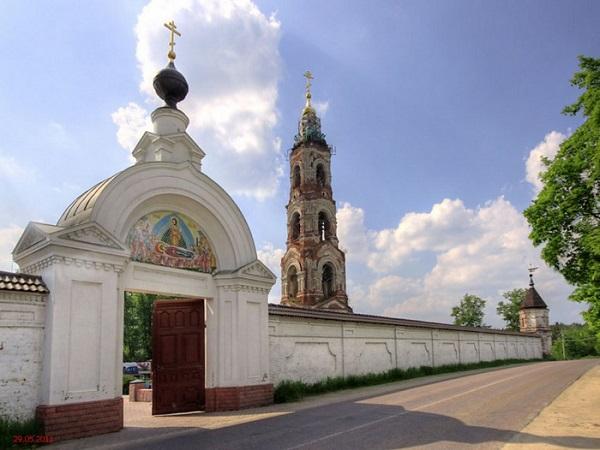 Николо-Берлюковский монастырь (пустынь). История, фото, расписание, как доехать
