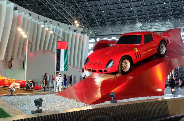 Парк Феррари, Абу-Даби (Ferrari World Abu Dhabi). Фото, цены, как добраться