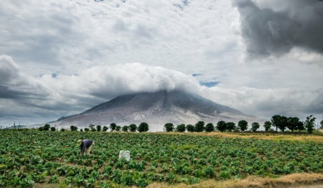 Синабунг вулкан, Индонезия. Извержения, фото, карта, где находится