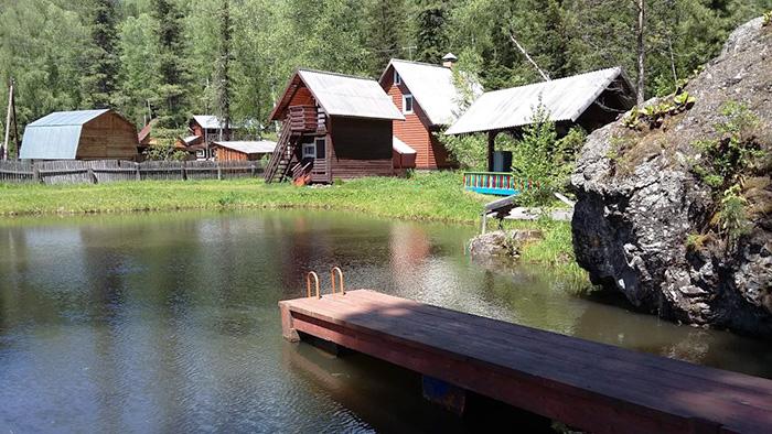 Телецкое озеро: базы отдыха с бассейном, домики. Цены, отзывы