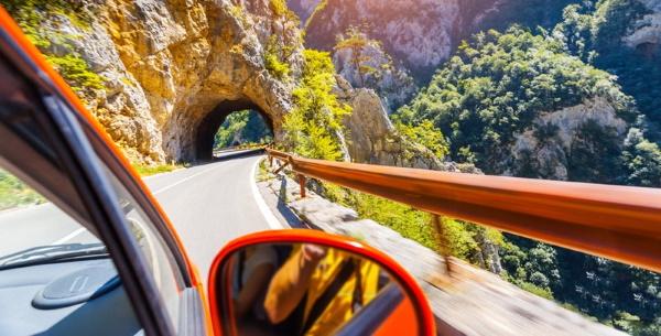 В Черногорию на машине: расстояние из Москвы, СПб, маршрут самостоятельно, по достопримечательностям