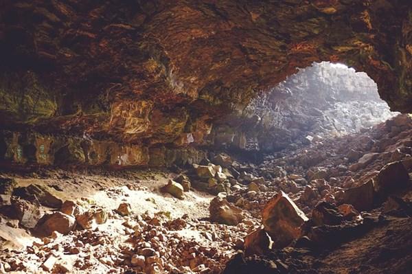 Торгашинский хребет, Красноярск. Фото, как добраться, карта, где находится, пещеры, маршруты