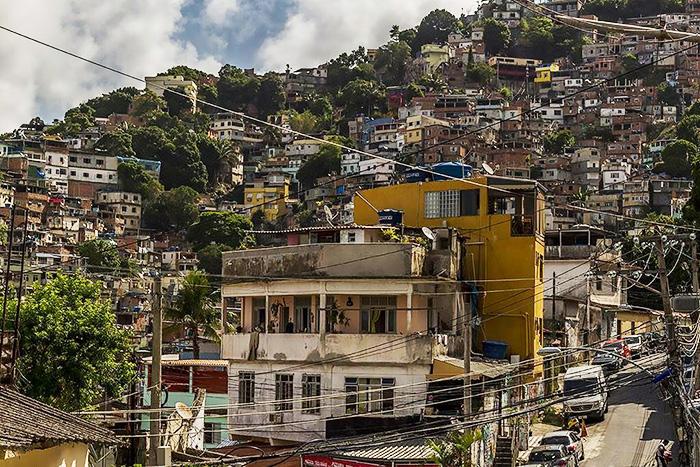 Трущобы (фавелы) в Бразилии