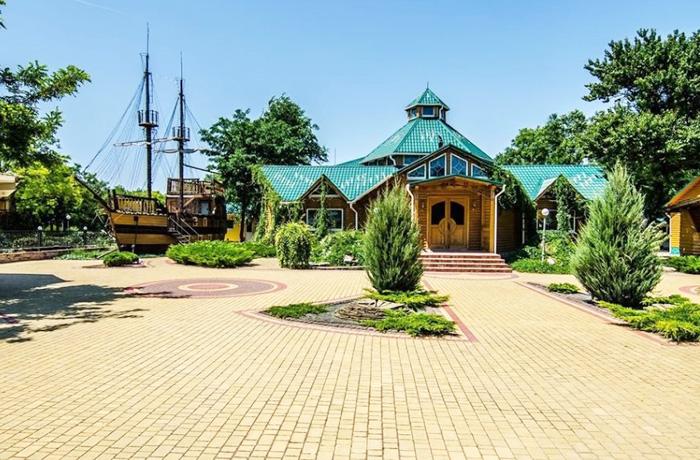 Заозерное, Крым. Фото, отдых, карта